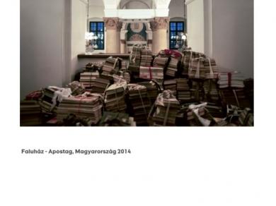 Alpern Bernadett Anna: Faluház - Apostag (részlet a Used Stones című sorozatból), 2014