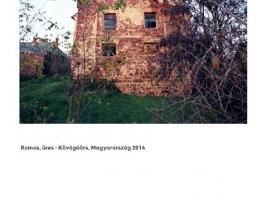 Alpern Bernadett Anna: Romos, üres - Kővágóörs (részlet a Used Stones című sorozatból), 2014
