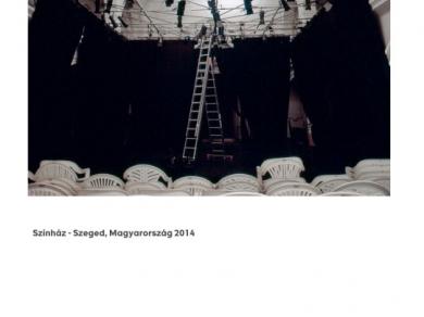 Alpern Bernadett Anna: Színház - Szeged (részlet a Used Stones című sorozatból), 2014