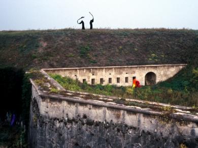 Bérczi Zsófia: Morfománok városa - Életszintek, Monostori erőd, Komárom, 2004