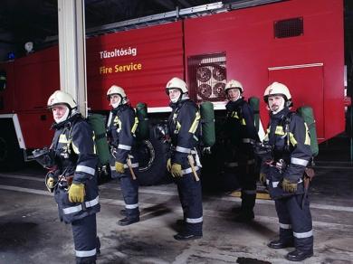 Fabricius Anna: Tűzoltók 2007.