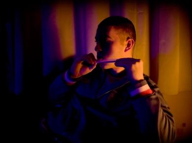 Hartyányi Norbert: Endre (26) vállalkozó, (részlet a Relax című sorozatból), Jászberény, 2009.