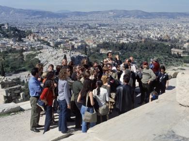 Kudász Gábor Arion: Turisták a tájban 02., 2002.