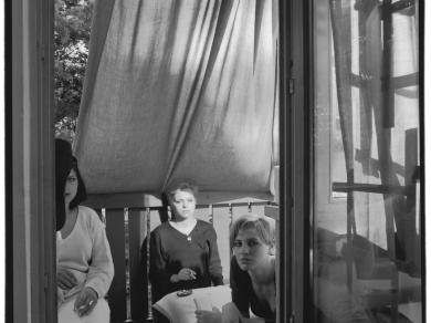 Miskolczi Emese: Cím nélkül,(részlet a Rejtett önarcképek című sorozatból), 1999.